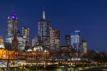 Instagrammable places in Melbourne - Melbourne skyline at night - photo by Richard Ricciardi under CC BY 2.0