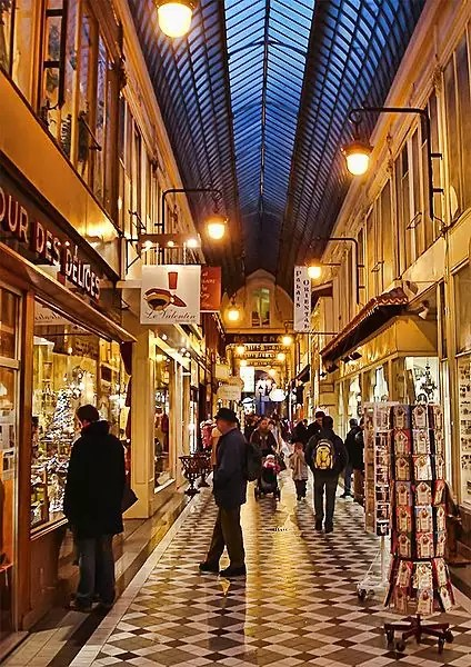 best shopping in Paris - Passage Jouffroy - photo by Clicsouris under CC-BY-SA-2.5