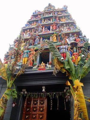 free things to do in Singapore - Sri Mariamman Temple, Singapore - photo by Matt Kieffer under CC BY-SA 2.0