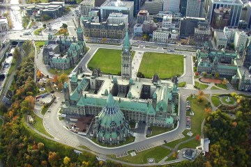 Parliament Hill, Ottawa, Ontario, Canada - photo by tsaiproject under CC BY 2.0