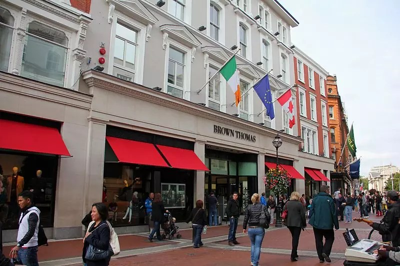 Brown Thomas department store, Grafton Street in Dublin, Ireland - photo by J.-H. Janßen under GFDL and CC-BY-SA-3.0,2.5,2.0,1.0