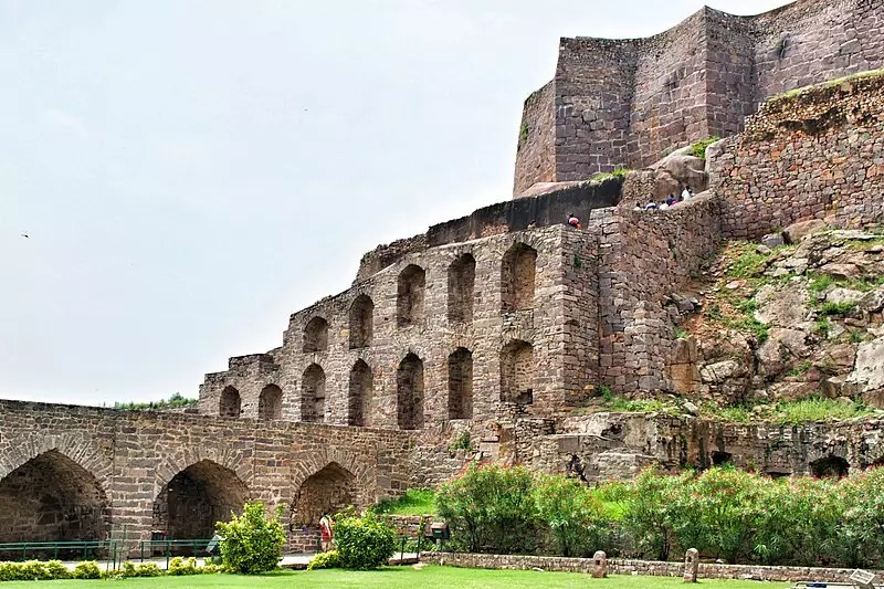 historical sites in Hyderabad - Golconda Fort in Hyderabad - photo by Arpita Tripathy under CC-BY-SA-4.0