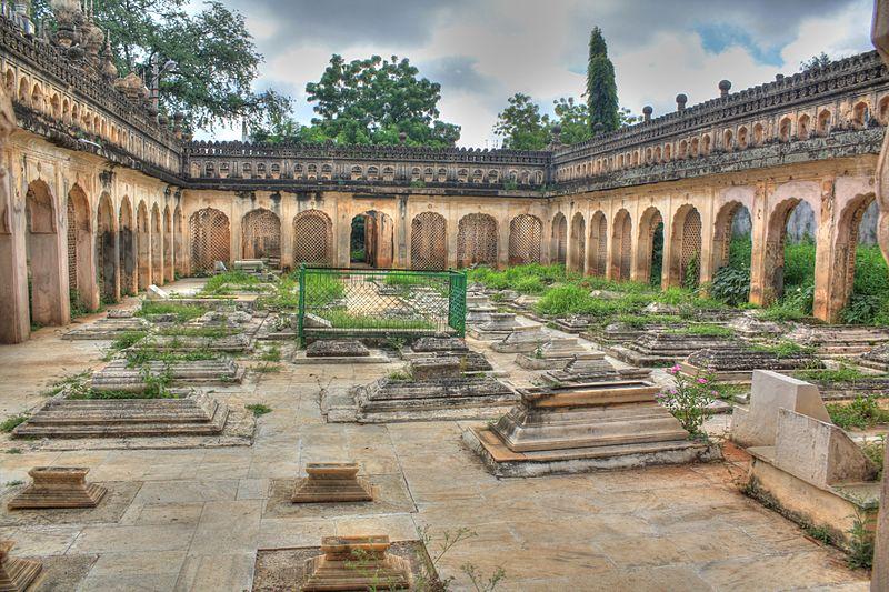 Maqhbara Shams al-Umara (Paigah Tombs) - photo by Arvind Ramachander under CC-BY-SA-3.0
