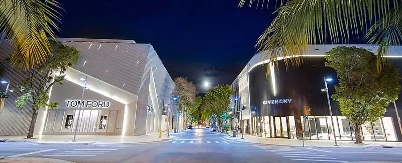 best shopping in Miami - Northern entrance of the Miami Design District - photo by Robert Patterson under CC-BY-SA-4.0