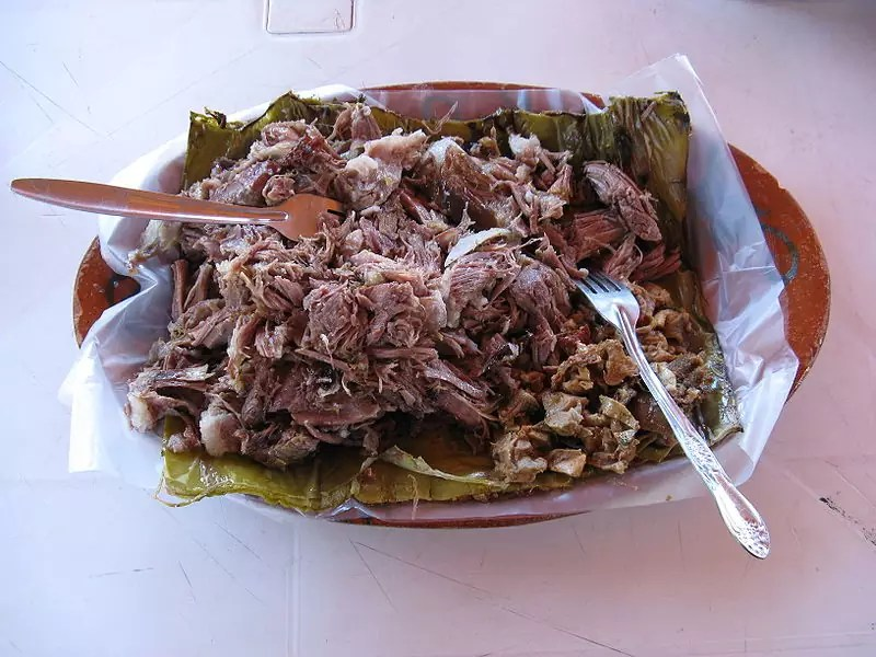 Anthony Bourdain Mexico City - A plate of Barbacoa - photo by Elton Rodriguez under CC-BY-SA-3.0 and GFDL