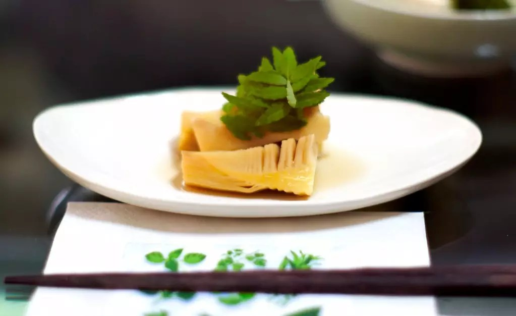 Stewed Bamboo Shoots with Kinome - photo by Joi Ito under CC BY 2.0