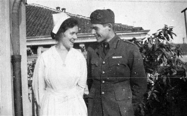 21-de-julho-Ernest-Hemingway-with-Agnes-von-Kurowsky-foto-1