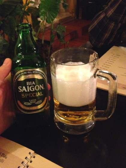 A primeira cerveja do Vietnã a gente nunca esquece!