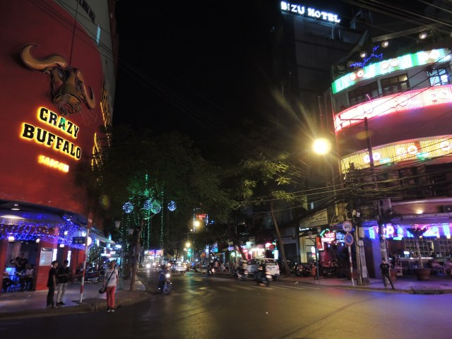 Noite em Cho Chi Minh