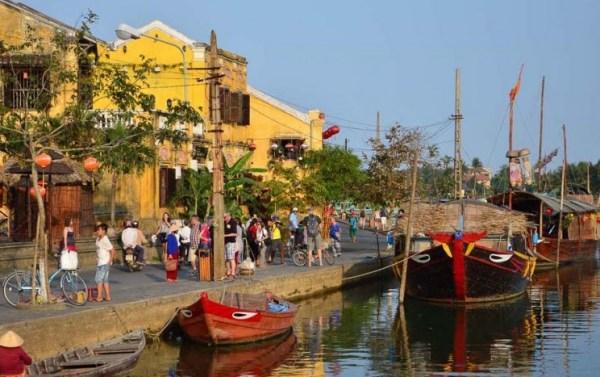 Barcos no Rio Tibon Hoi An
