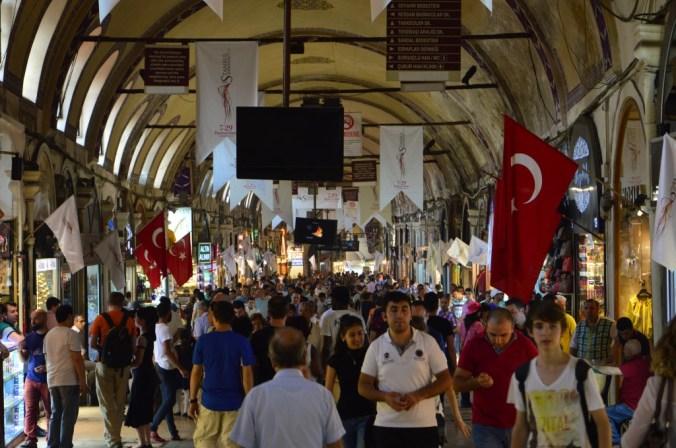 Dentro do Gran Bazaar