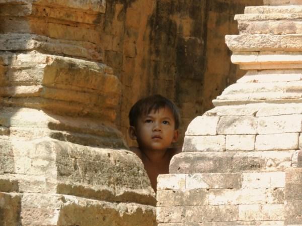 Nos Templos de Angkor