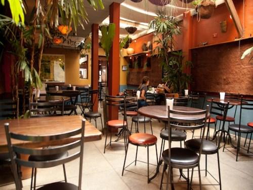 Pita Bar. Foto: http://www.destemperados.com.br/experiencias/em-casa-no-pita-kebab