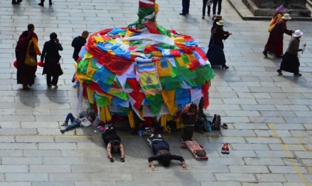 tibetanos lhasa