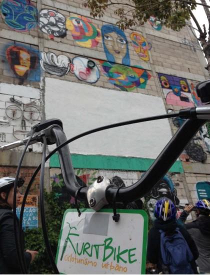 Passeio de bike em Curitiba