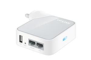 to-7-gadgets-fr-travelin-wireless-tplink-300x200