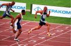 Η στιγμή του τερματισμού στην κούρσα των 100μ. στα Τσικλητήρεια 1999 που διεξήχθησαν στο Ολυμπιακό Στάδιο της Αθήνας
