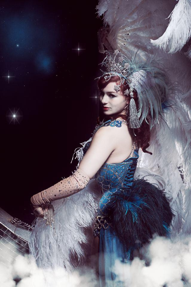 Falling Feathers Wallpaper Booking Agent For Miss Butterfly Burlesque Performer