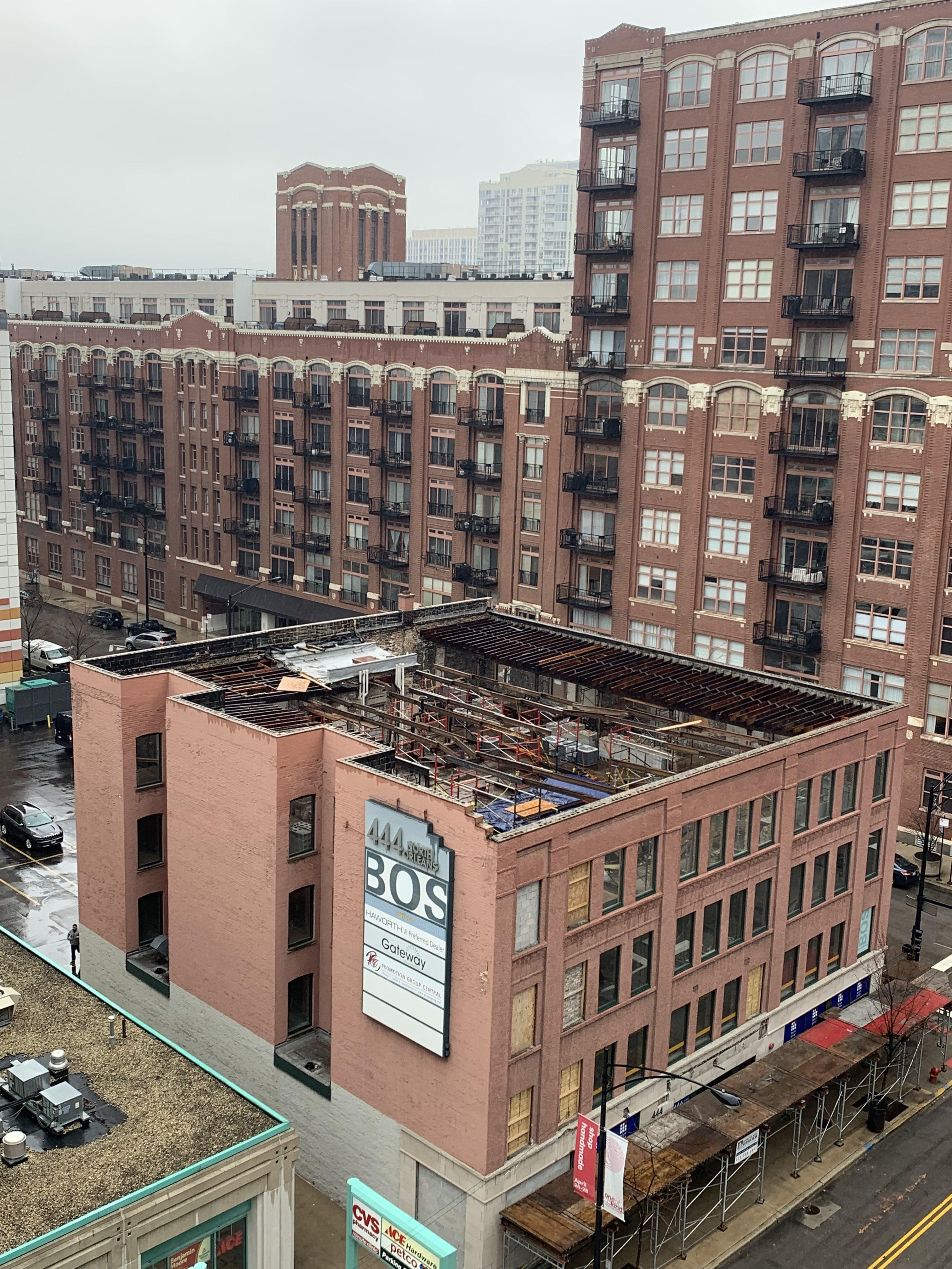 444 N. Orleans scaffold 2