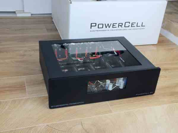 Synergistic Research PowerCell SX with Galileo SX power cable NEW 1