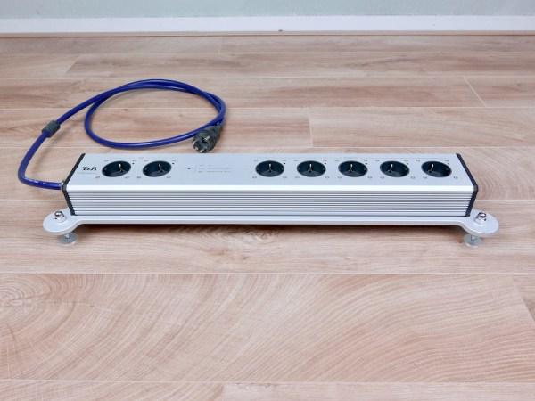 T+A audio Power Bar 2+5 HD power strip 1