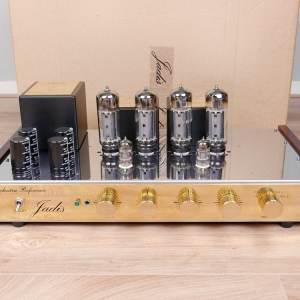 Jadis Orchestra Reference highend audio amplifier with remote and tone control 1