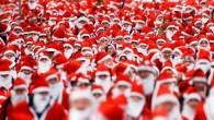 Run with 3,000 Santas in London