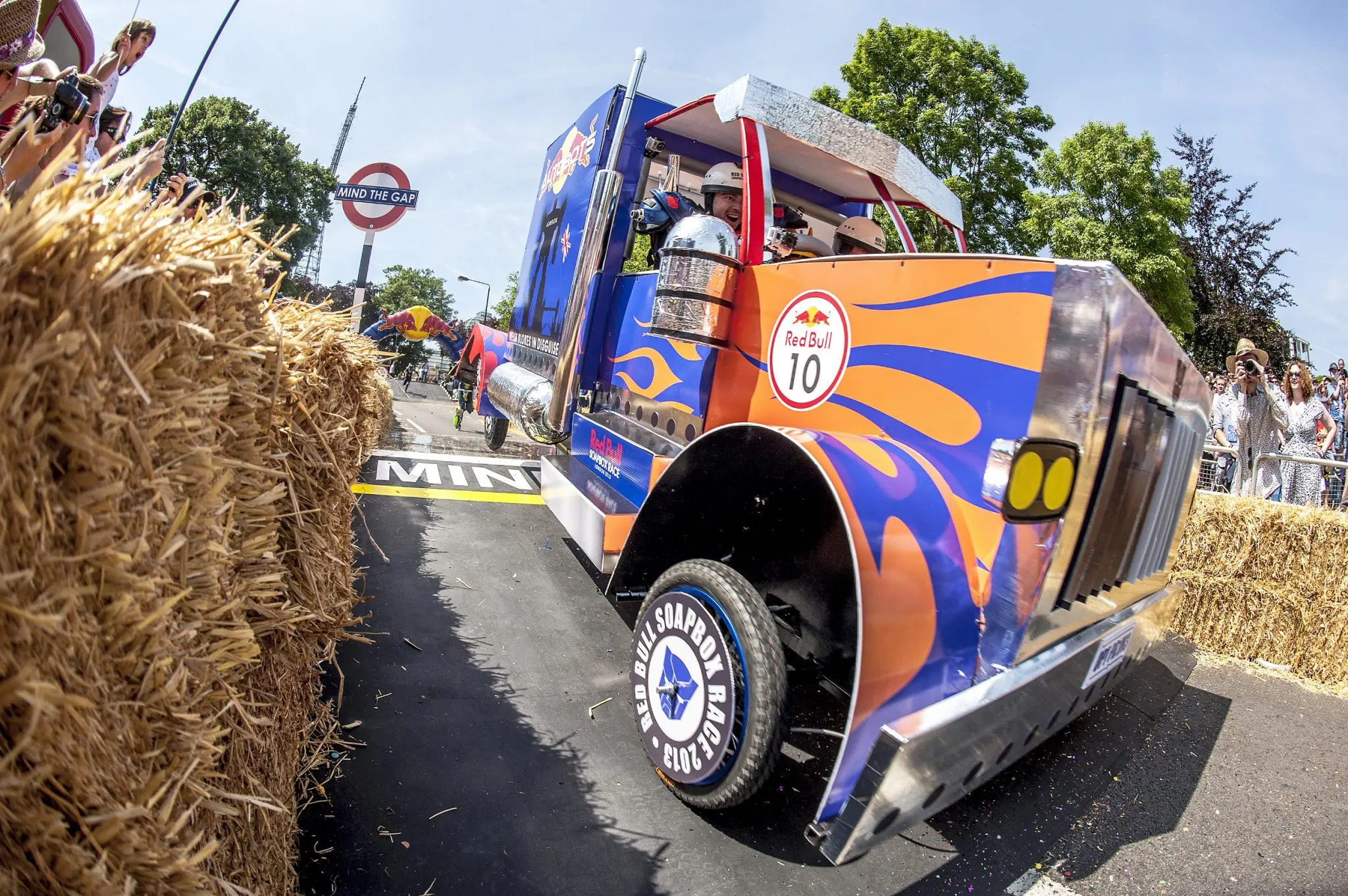 red bull soapbox race 2015 london contrary life. Black Bedroom Furniture Sets. Home Design Ideas