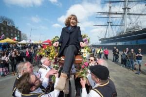 Blackheath Morris Men - Chair Lifting - Greenwich