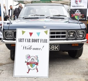 Vauxhall Art Car Boot Fair - Photo: Dave Benett