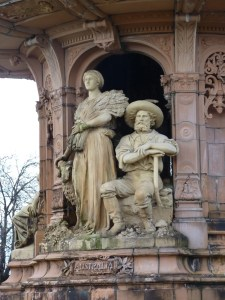 Contrary Life - Glasgow city guide - Doulton Fountain