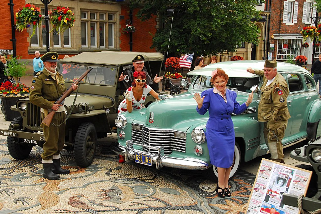 Lytham 1940s Wartime Weekend - Lytham Square entertainment