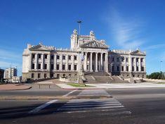Parlement Uruguayen (Crédits Shant, image libre de droits)