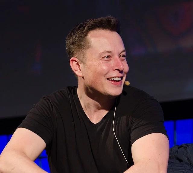 Elon Musk, de retour sur terre ?