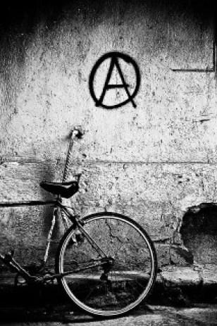 Anarchie credits lulazzo (licence creative commons)