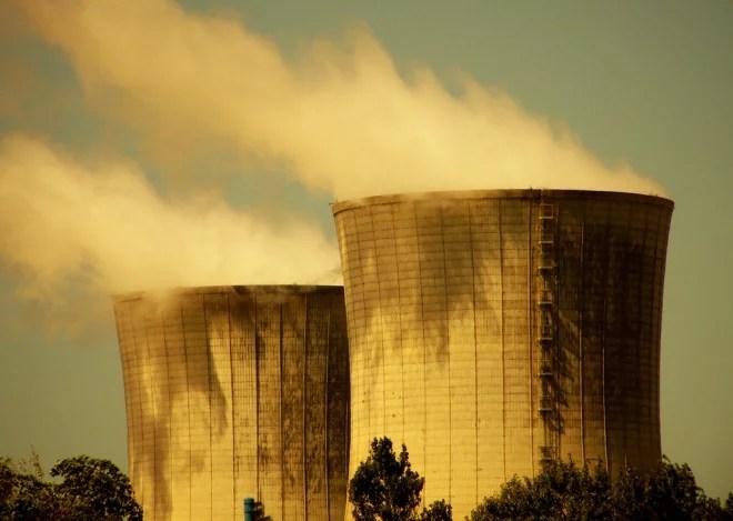 Centrale nucléaire (Crédits Alpha du centaure, licence Creative Commons)