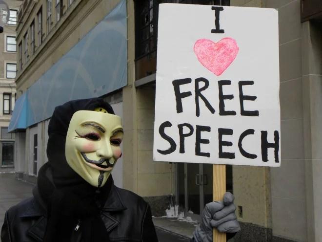 Liberté d'expression (Crédits CradleApex, licence Creative Commons)