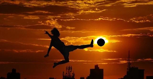 Sport Football (Crédits : Vramak, licence Creative Commons)