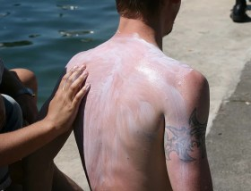 Armure de crème solaire CC Nicolas S.