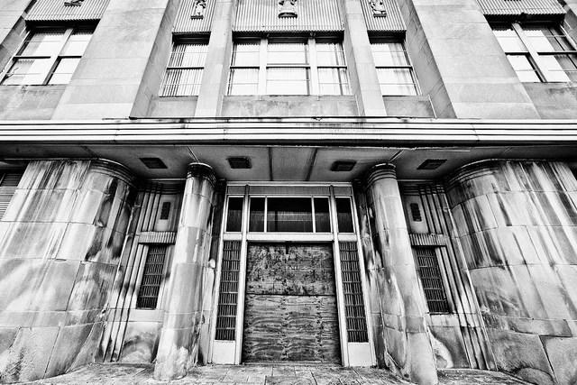 Detroit credits Thomas Hawk (licence creative commons)