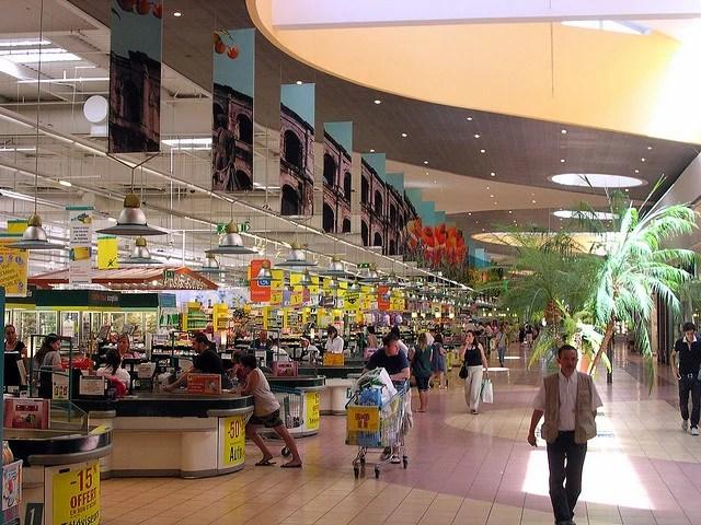 Centre commercial Cap Costières (Nîmes FR30) Credit Jean-Louis Zimmerman 'Creative Commons)