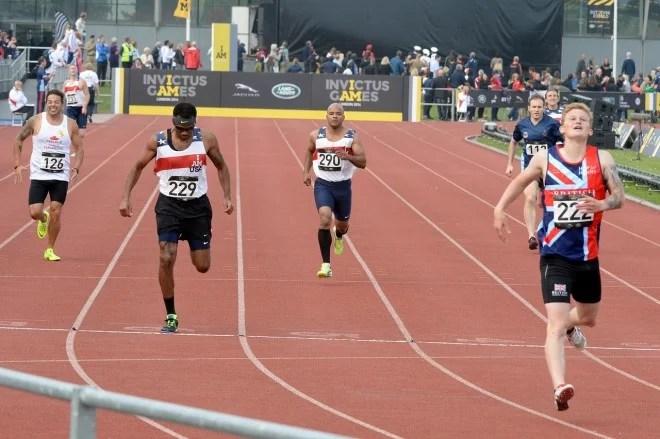 Concurrence, sprint, athletes -CC0 Domaine public