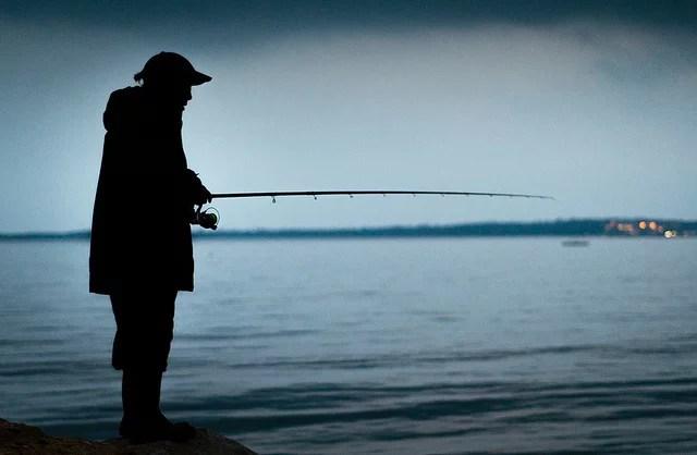 Night fisher credits Alessandro Baffa (CC BY-NC-ND 2.0)