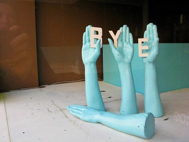 """""""Bye"""" (2). Staunton VA, December 2009 credits Janet moore-Coll  (CC BY-NC-ND 2.0)"""