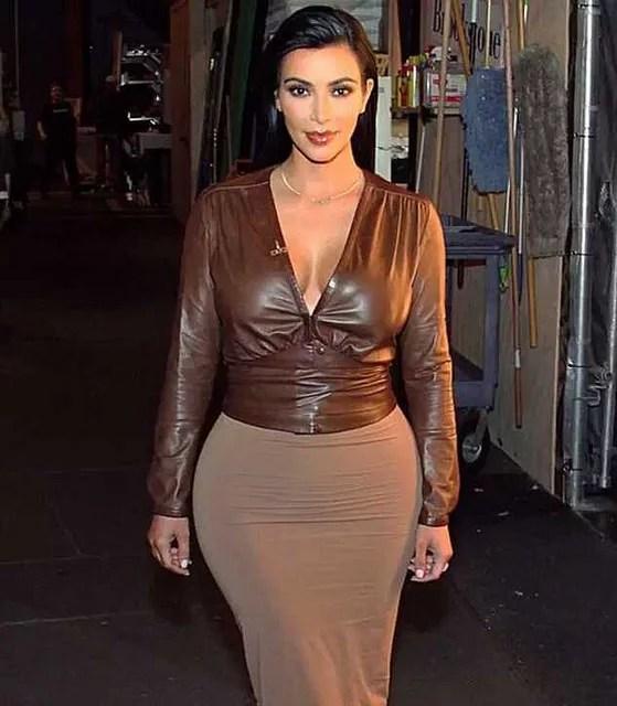 kim kardashian sexy goddess - Elithabeth Hilton (CC BY-SA 2.0)