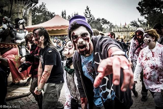 zombie walk credits helena gatti (CC BY 2.0)