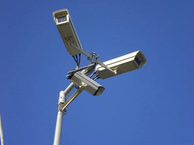 Vidéosurveillance (Crédits Paweł Zdziarski, licence CC-BY 2.5)
