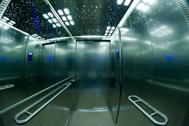 Ascenseur credits Frédéric Bisson via Flickr ((CC BY 2.0)