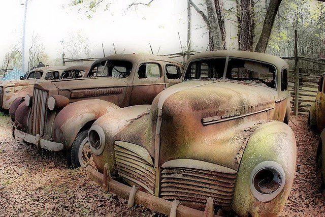 Old cars in HDR credits Craig ONeal (CC BY-NC-ND 2.0)