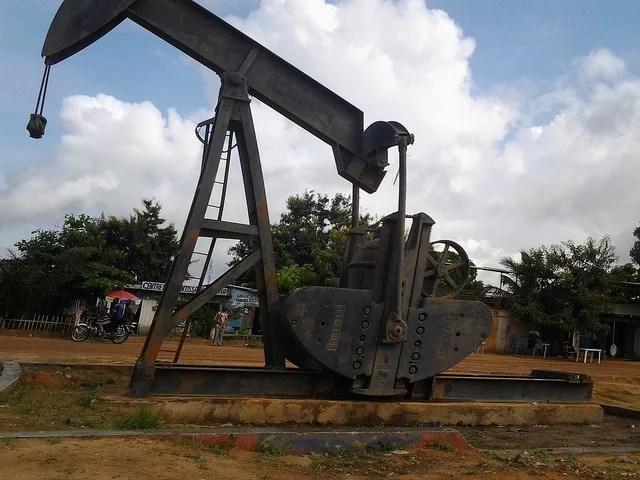 pétrole-antoine moens de hase-(CC BY-NC-ND 2.0)